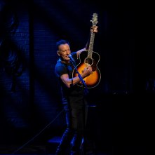 Springsteen on Broadway: una foto di Bruce Springsteen