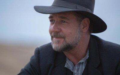 Adler: nel 2019 Russell Crowe star di un western che sembra il Braveheart dei Sex Pistols