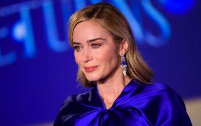"""Emily Blunt su Mary Poppins: """"Voglio essere in Avengers: il mio ombrello e il martello di Thor, la potenza!"""""""