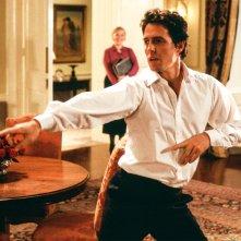 Love Actually: Hugh Grant in una scena del film