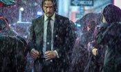 """John Wick 3: la prima foto di Anjelica Huston nei panni di """"The Director"""""""