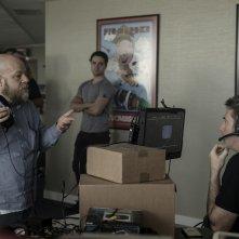 Black Mirror: Bandersnatch, un'immagine dal set del film con il regista David slade