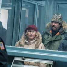Escape at Dannemora: una foto di Patricia Arquette ed Eric Lange
