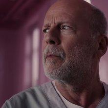 Glass: un primo piano di Bruce Willis