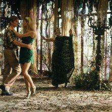 Paradiso perduto: Ethan Hawke, Gwyneth Paltrow e Ann Bancroft in una scena del film