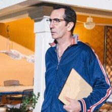 L'agenzia dei bugiardi: Paolo Calabresi in una scena