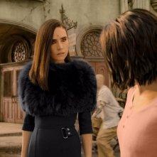 Alita - Angelo della battaglia: Rosa Salazar e Jennifer Connelly in una scena