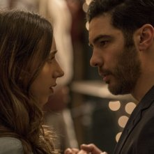 The kindness of Strangers: Zoe Kazan, Tahar Rahim in una scena