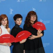Berlino 2019: uno scatto del cast al photocall di Elisa & Marcela