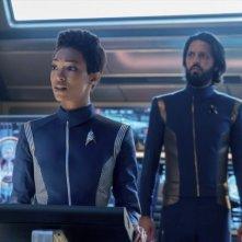 Stark Trek Discovery: Sonequa Martin-Green, Shazad Latif nell'episodio The Sounds of Thunder