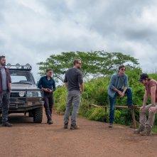 Triple Frontier: una scena con Ben Affleck, Pedro Pascal, Charlie Hunnam, Oscar Isaac e Garrett Hedlund