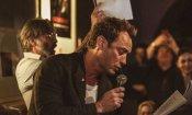 The New Pope: Jude Law in versione cantante al compleanno del costumista