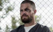 """Arrow 7, Stephen Amell: """"Le riprese del finale di stagione mi stanno succhiando via la vita"""""""