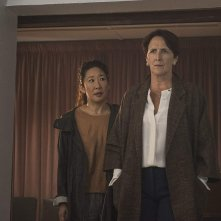 Killing Eve: Sandra Oh e Fiona Shaw nell'episodio Do You Know How to Dispose of a Body?