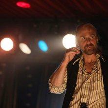 Fosse/Verdon: Sam Rockwell in una sequenza della serie
