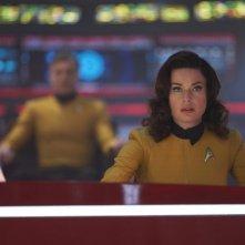 Star Trek: Discovery: Rebecca Romijn in una scena