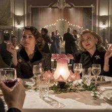 Stanlio e Ollio: Shirley Henderson, Nina Arianda in una scena