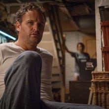Pet Sematary: Jason Clarke in una scena del film