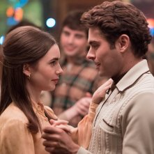 Ted Bundy - Fascino Criminale: Zac Efron e Lili Collins in una scena del film