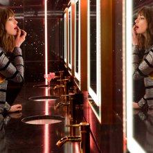 Attenti a quelle due: Anne Hathaway in un momento del film