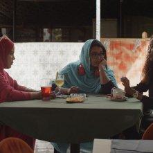 Il corpo della sposa: una scena con Verida Beitta Ahmed Deiche, Amal Saad Bouh Oumar, Aminetou Souleimane
