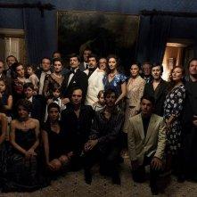 Il Traditore: il cast in una scena del film