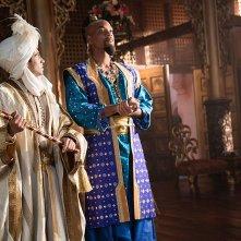 Aladdin: Will Smith e Mena Massoud in una scena del film