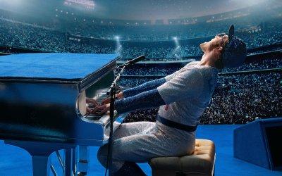 Rocketman, la recensione: la vita di Elton John diventa un film a tratti irresistibile