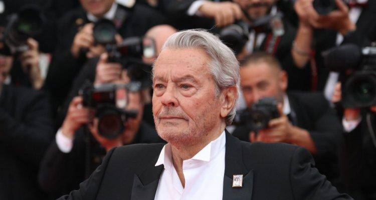 Alain Delon a Cannes 2019: Il divo che è rimasto nel cuore della ...