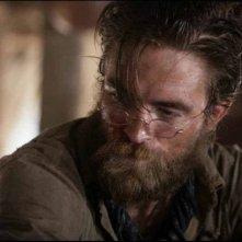 The Lighthouse: Robert Pattinson in una delle prime immagini trapelate del film