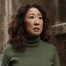 Killing Eve: Sandra Oh in una scena del finale della seconda stagione