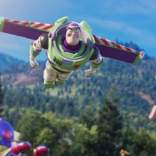 Toy Story 4: Buzz Lightyear in una scena del film