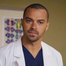 Grey's Anatomy: Jesse Williams durante una scena