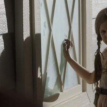 Annabelle 3: Samara Lee in una scena del film