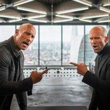 Fast & Furious - Hobbs &  Shaw: una scena del film con Jason Statham, Dwayne Johnson