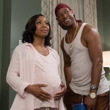 Sei gemelli: Marlon Wayans, Bresha Webb in una scena del film