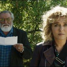 Tutto il mio folle amore: Valeria Golino e Diego Abatantuono in una scena del film