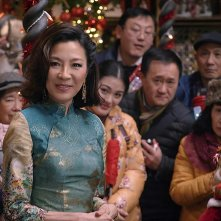 Last Christmas: Michelle Yeoh in una scena del film