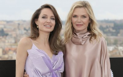 """Maleficent 2, Angelina Jolie e Michelle Pfeiffer: """"Un sortilegio? Rendere il mondo più tollerante"""""""