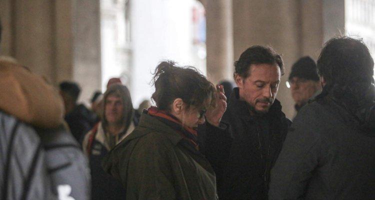 Stefano Accorsi a Venezia: è polemica per il set a San Marco - Movieplayer.it