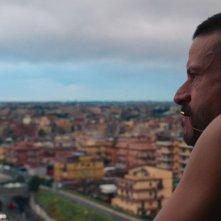 A Tor Bella Monaca non piove mai: Andrea Sartoretti durante  una scena del film