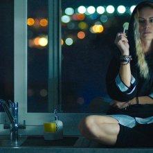 A Tor Bella Monaca non piove mai: Antonia Liskova in una scena del film