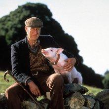 Babe, maialino coraggioso: James Cromwell in un'immagine del film