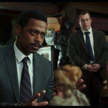 Cena con delitto - Knives Out: Noah Segan, LaKeith Stanfield in una scena del film