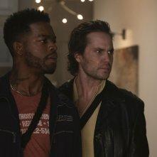 City of Crime: una scena del film con Taylor Kitsch, Stephan James
