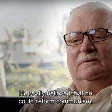 Herzog incontra Gorbaciov: un primo piano di Lech Walesa