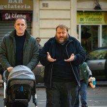 Figli: una scena del film con Stefano Fresi e Valerio Mastandrea