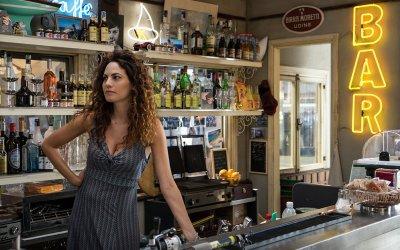 """I Delitti del BarLume, Enrica Guidi: """"Tiziana ha sempre il coraggio di essere se stessa"""""""