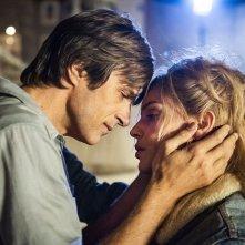 Gli anni più belli: Kim Rossi Stuart con Micaela Ramazzotti in  una scena del film