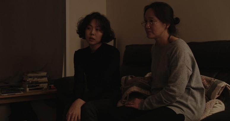 Domangchin Yeoja The Woman Who Ran 4